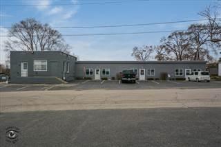 Comm/Ind for rent in 76 West Van Buren Street A, Oswego, IL, 60543