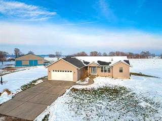 Single Family for sale in 3231 N 265TH Street, Greater Joslin, IL, 61257