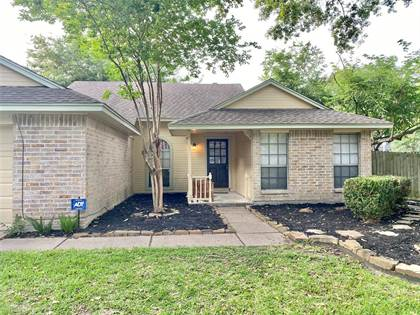 Residential for sale in 15502 Meadow Village Drive, Houston, TX, 77095