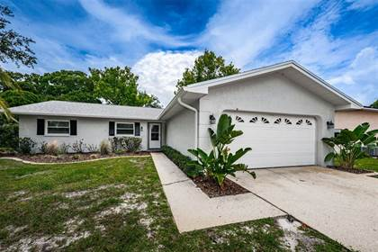 Residential Property for sale in 2523 CYPRESS BEND DRIVE W, Clearwater, FL, 33761