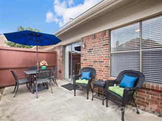 Apartment for rent in Galleria Townhomes, Carrollton, TX, 75007