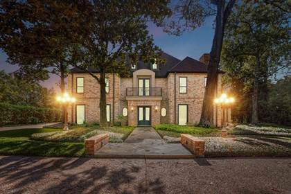 Residential for sale in 11611 Arrowwood Circle, Piney Point Village, TX, 77063