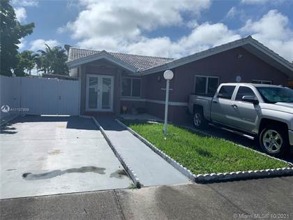 Residential Property for sale in 14818 SW 58th St, Miami, FL, 33193