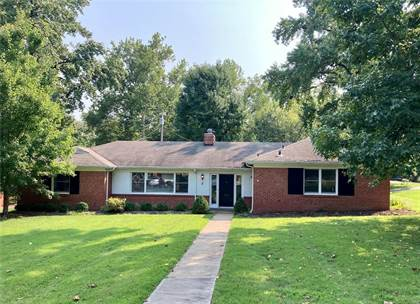 Residential Property for sale in 2 Normton Drive, Ladue, MO, 63124