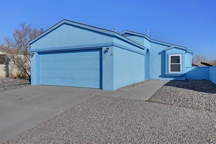 Residential Property for sale in 2160 HIGH DESERT Circle NE, Rio Rancho, NM, 87144