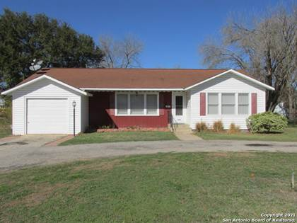 Residential Property for sale in 1208 29TH ST, Hondo, TX, 78861
