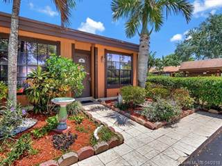 Townhouse for sale in 2301 Peach Ct 2301, Pembroke Pines, FL, 33026