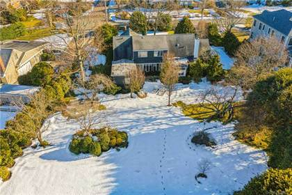 Residential Property for sale in 316 Hewlett Neck Road, Hewlett Neck, NY, 11598