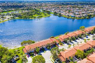 Townhouse for sale in 16064 NW 21st St, Pembroke Pines, FL, 33028