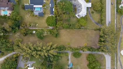 Residential Property for sale in 9840 SW 104th St, Miami, FL, 33176