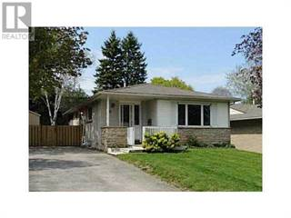 Single Family for rent in 20 COLLETE Crescent, Barrie, Ontario