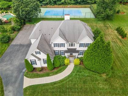 Residential Property for sale in 43 Shadow Brook Drive, Warwick, RI, 02818