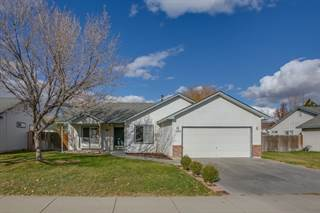 Single Family for sale in 1892 W Mulhuland Ct., Kuna, ID, 83634