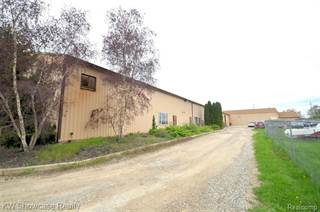 Comm/Ind for sale in 5684 E Highland Road, Howell, MI, 48843