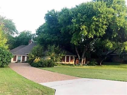 Residential for sale in 17343 Stedman Drive, Dallas, TX, 75252