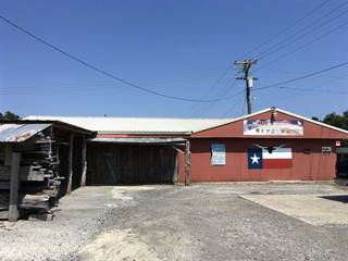 Comm/Ind for sale in 311 N Margaret Ave, Kirbyville, TX, 75956