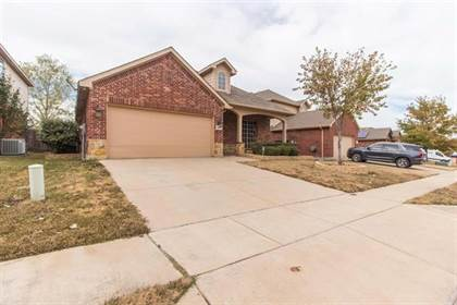 Residential for sale in 10833 Emerald Park Lane, Fort Worth, TX, 76052