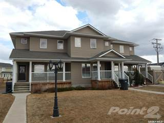 Townhouse for sale in 606 18th STREET, Weyburn, Saskatchewan, S4H 0N9