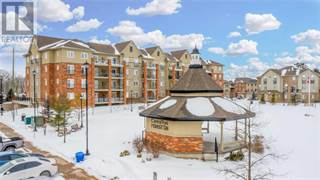 Condo for sale in 39 FERNDALE DR S 106, Barrie, Ontario, L4N5W6