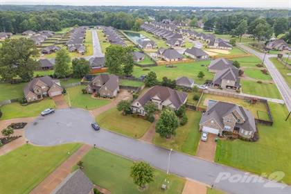 Single-Family Home for sale in 15 Woodwinds Cove , Jackson, TN, 38305