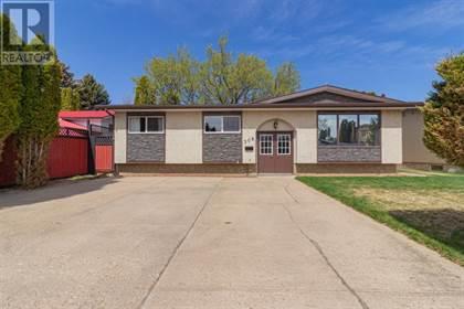 Single Family for sale in 308 16 Street NE, Medicine Hat, Alberta, T1A7L9