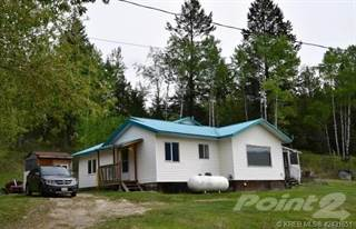 Residential Property for rent in 2866 Highway 95, Brisco, British Columbia