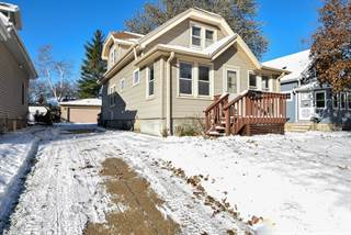 Single Family for sale in 1305 S 90th St, West Allis, WI, 53214