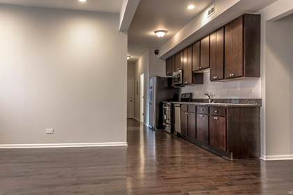 Apartment for rent in 4320 South Michigan Avenue, Chicago, IL, 60653