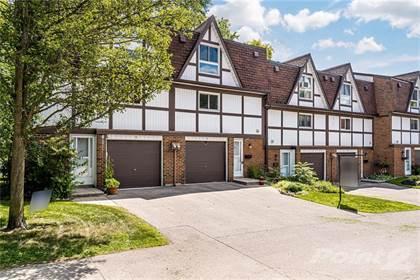 Condominium for sale in 13 TRUDY Court, Dundas, Ontario, L9H 5P6