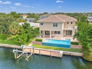 Enjoyable North Palm Beach Fl Real Estate Homes For Sale From 98 000 Home Remodeling Inspirations Cosmcuboardxyz