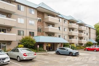 Condo for sale in 3160 De Montrueil Crt, Kelowna, British Columbia, V1W 3W4