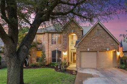 Residential for sale in 5621 Rachel Court, Arlington, TX, 76017