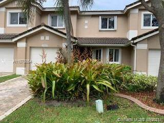 Residential Property for sale in 15835 SW 12th St 15835, Pembroke Pines, FL, 33027