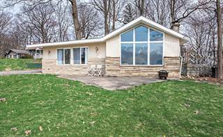 Single Family for sale in 6853 Woodland Court, Paw Paw Lake, MI, 49038