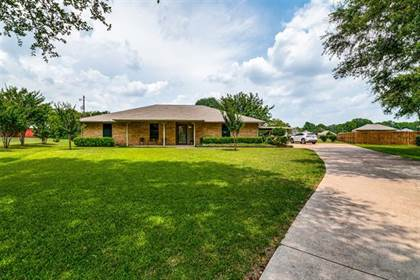 Residential for sale in 3701 Beverly Lane, Arlington, TX, 76015