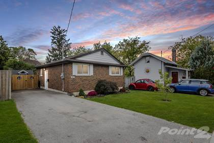 Residential for sale in 10 Grandview Avenue, Cambridge, Cambridge, Ontario, N1R 1E7