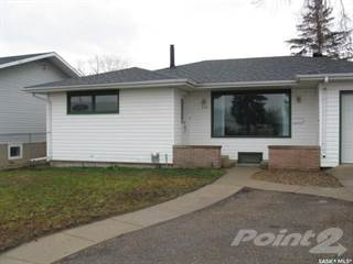 Residential Property for sale in 214 Harder STREET, Maple Creek, Saskatchewan