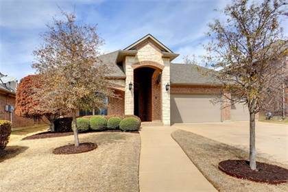 Residential for sale in 2813 Los Osos Drive, Fort Worth, TX, 76131