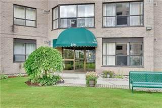 Condo for sale in 250 Davis Dr 304, Newmarket, Ontario