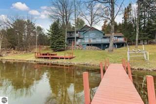 Single Family for sale in 8963 Clam Lake Road, Greater Cedar Meadows, MI, 49615