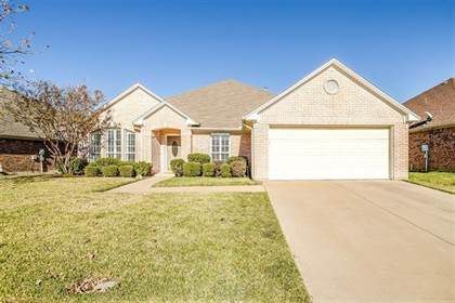 Residential for sale in 1317 Lyra Lane, Arlington, TX, 76013
