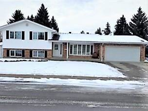 Single Family for sale in 14715 RIVERBEND RD NW, Edmonton, Alberta, T6H4V5