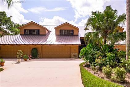 Residential Property for sale in 108 SE Crestwood Circle 18, Stuart, FL, 34997