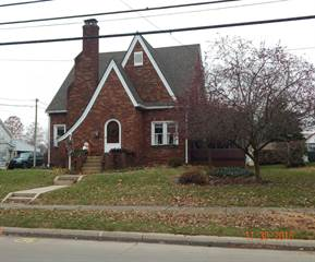 Single Family for sale in 405 N 1st St, Fairfield, IL, 62837