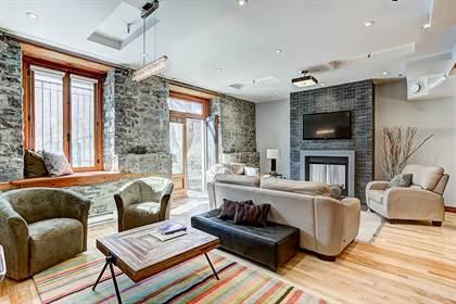 Residential Property for sale in 289 Rue de la Commune O. #12, Montreal, Quebec