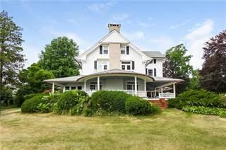 House for sale in 24 Agawam Avenue, Warwick, RI, 02889