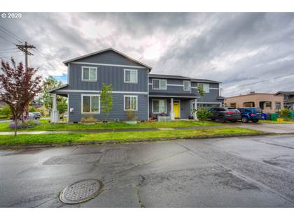 Multifamily for sale in 7879 SE RAYMOND ST, Portland, OR, 97206