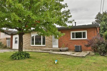 Single Family for sale in 114 LUSCOMBE Street, Hamilton, Ontario, L9A2K1