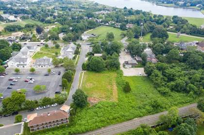 Commercial for sale in 40 Station Road, Water Mill, NY, 11976