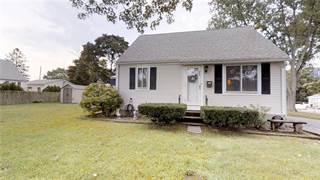House for sale in 265 George Arden Avenue, Warwick, RI, 02886
